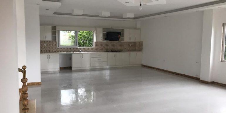 خریدویلا تریبلکس 4 خوابه در شمال با مجوز ساخت ،نوشهر (1)