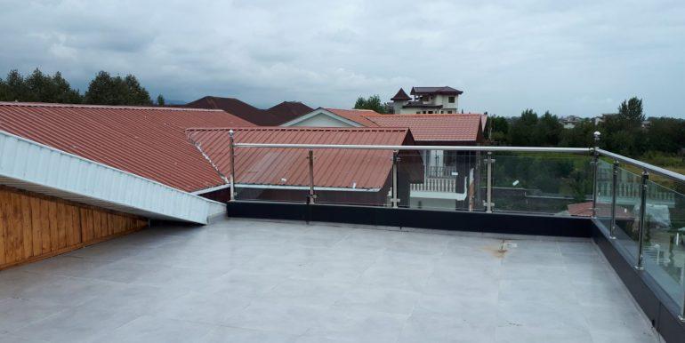 فروش ویلا با 354 متر بنا و استخردار در شمال (5)