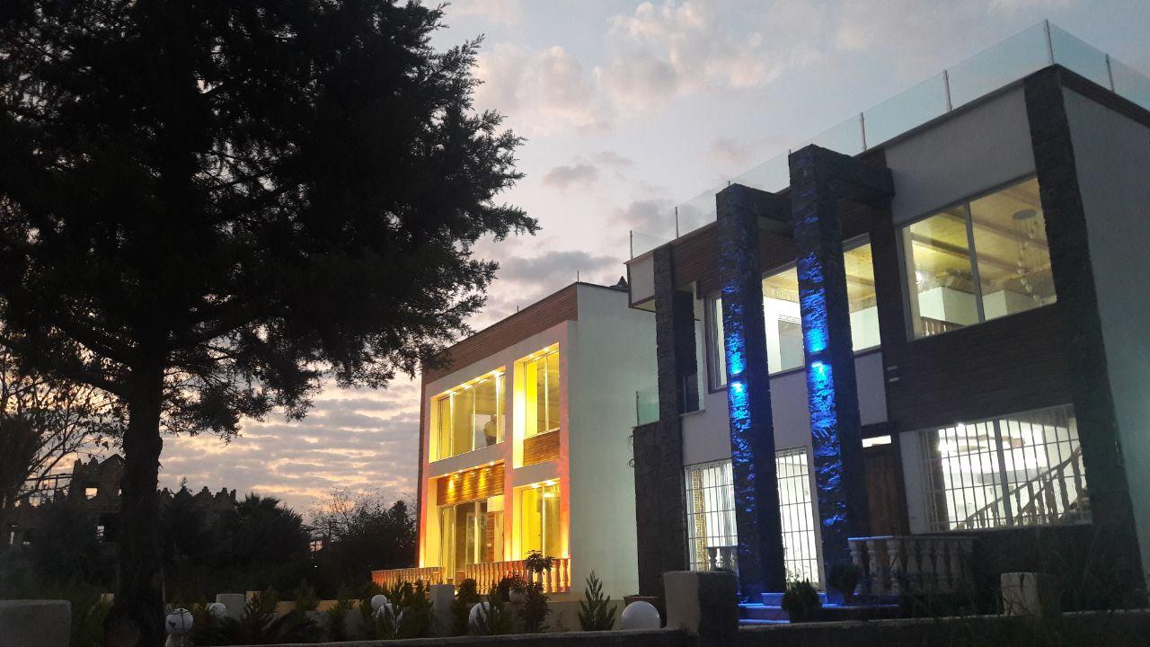 فروش ویلا روف گاردن با سند تک برگ در منطقه سیسنگان