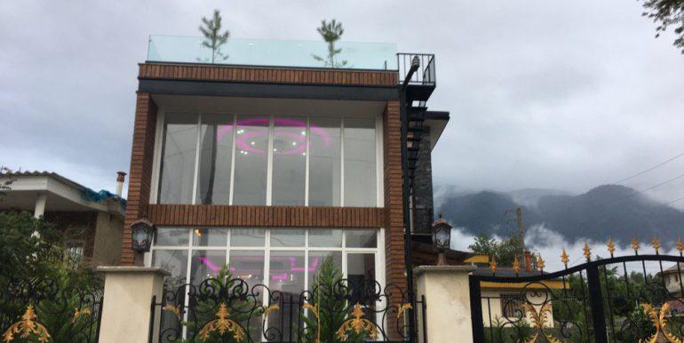 فروش ویلا روف گاردن 230 متری شهرکی در سیسنگان (3)