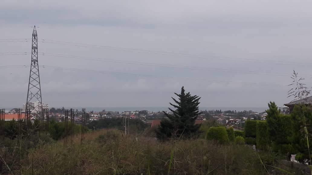 روستای ملکار نزدیک جنگل