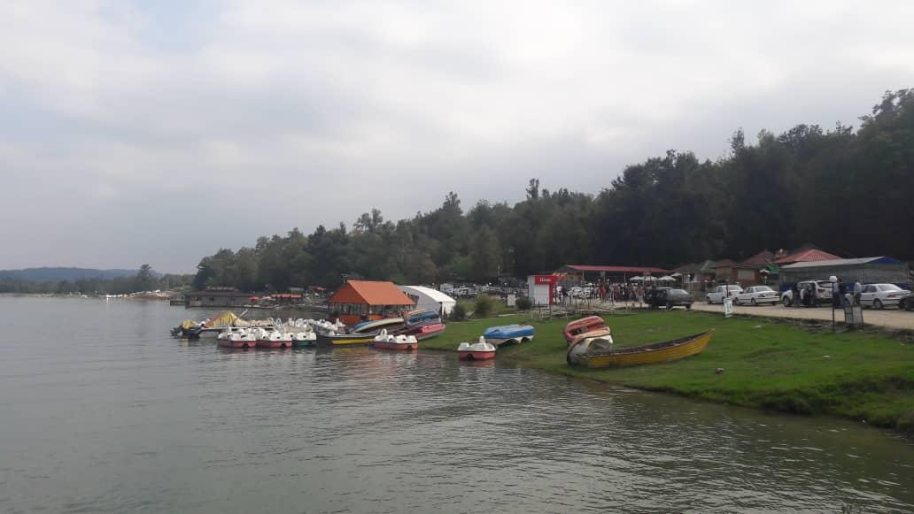 لوکیشن دریاچه آویدر چیست؟
