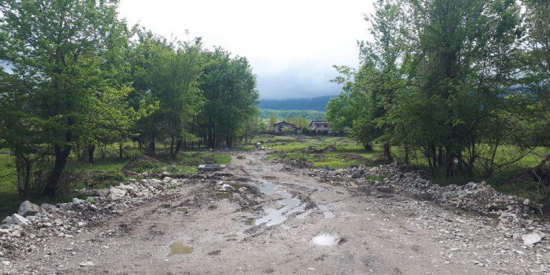 خرید زمین قواره دار با سند در ونوش، شمال (1)